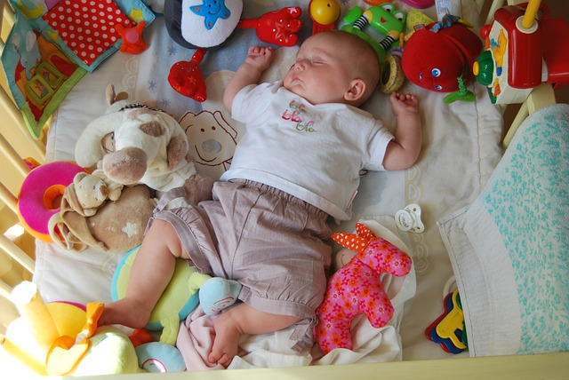 how-to-teach-your-baby-to-sleep-freshbabygear-com-1